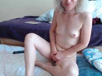 Jasmin is a hot blonde that is naked