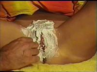 French Milf having her cunt fully shaved live