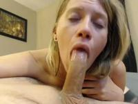 The girl made me an excellent blowjob, and then I fucked her elastic pussy